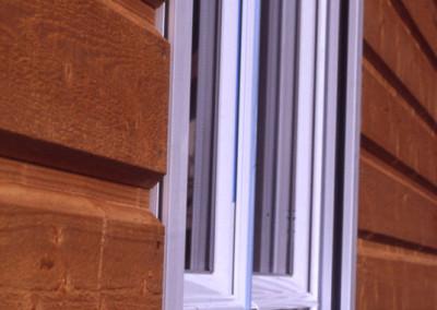 2- Pose des fenêtres au ras du bardage