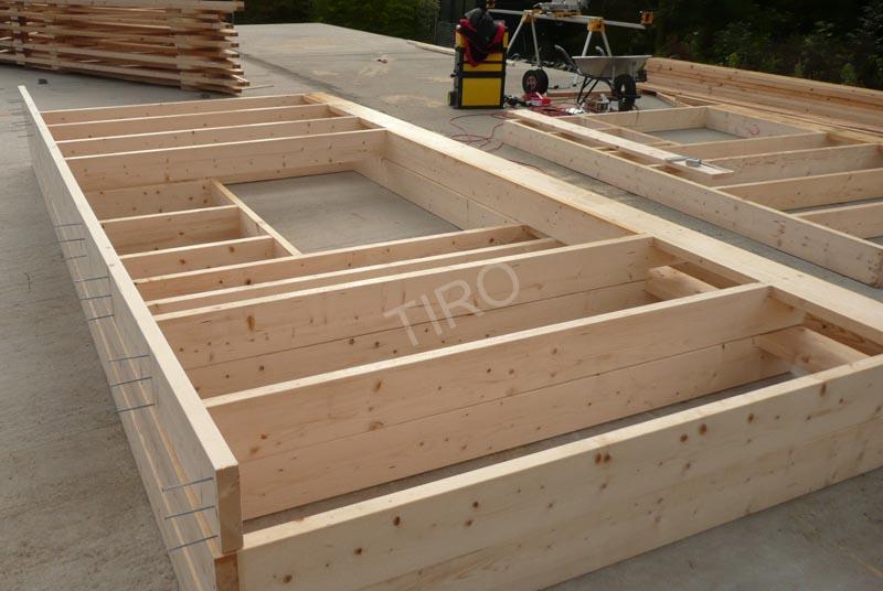 montants murs d une maison ossature bois maisons. Black Bedroom Furniture Sets. Home Design Ideas