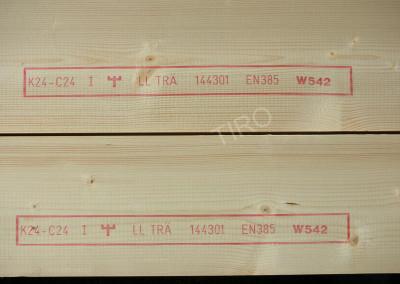 4- Bois 45x220 mm c24 estampillé