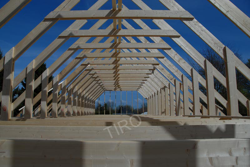 8 charpente maison avec combles maisons ossature bois en kit tiro. Black Bedroom Furniture Sets. Home Design Ideas